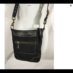 Coach Crossbody/Shoulder 2 way leather signature